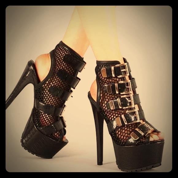 Privileged Shoes - Privileged Vlush Netted Black Snake Textured Heels